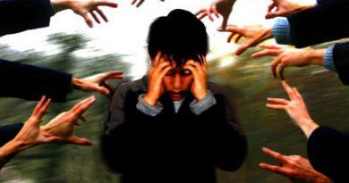 Sintomas presentes no surto psicótico